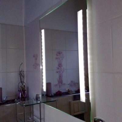 Spiegel + Sandstrahlung und LED Beleuchtung