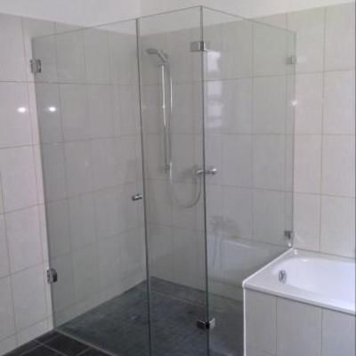 3 - teilige Dusche